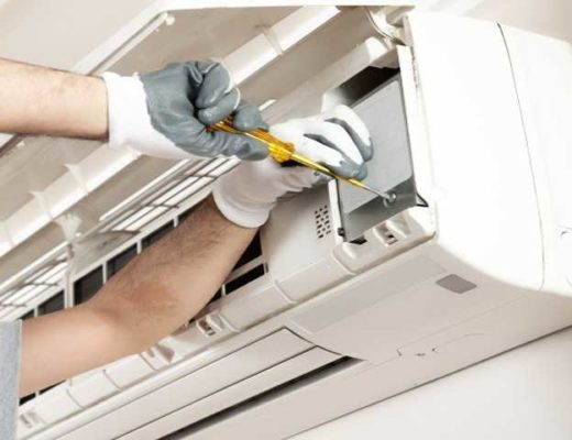 Dedicated Link With Air Conditioning Service Specialist